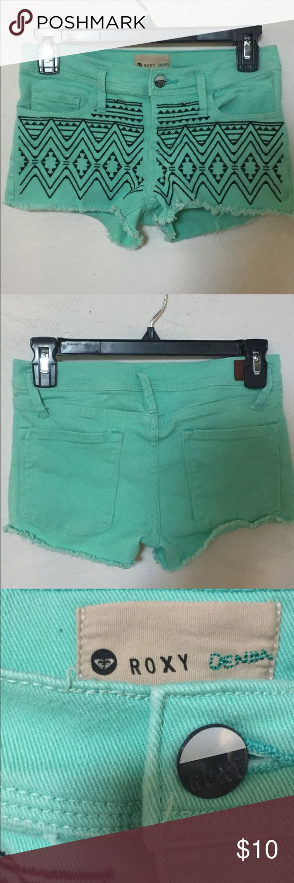 ROXY Tribal Print Shorts These are teal-grean shorts from ROXY. Super cute and n…