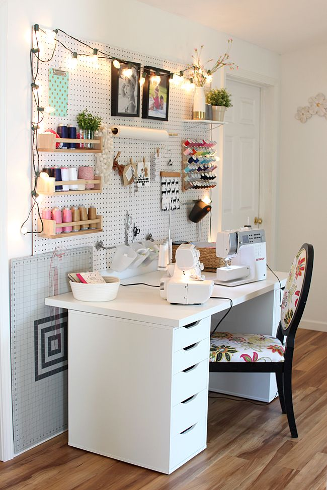 A great tip for sewing in a small space: utilize pegboard to help keep supplies near your sewing machine at arm's reach.