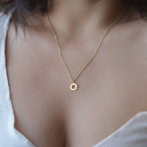 Sun Necklace, Tiny Sun Necklace, Delicate Layered Necklace, Sunburst Pendant Necklace