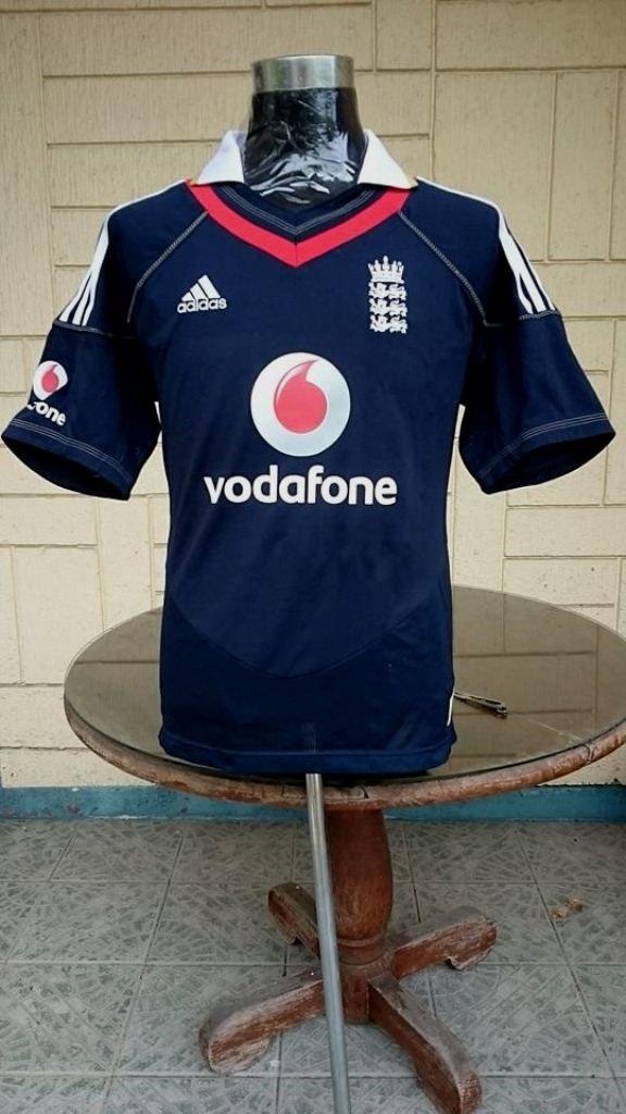 ENGLAND 2010 One Day International (ODI) CRICKET SHIRT