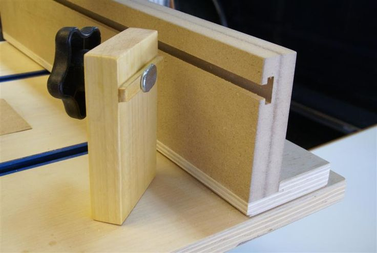 When a stop block is clamped by a single T-bolt, it has a tendency to rotate. An anti-rotation strip can be added. This is a small piece that fits snugly into the T-slot. Make this from a strip of wood that is the exact width of the narrow part of the slot, and is no thicker that the shoulders of the T-slot. This stop block incorporates an anti-rotation strip.