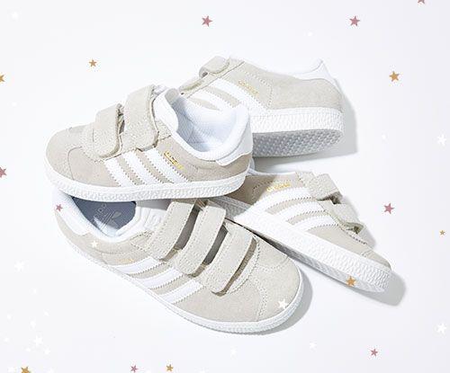 Schuh-Sale jetzt bei Office London. Bis zu 50% Rabatt auf Converse, Vans und viele andere Designermarken. Jetzt shoppen und fantastische Rabatte auf Schuhmode und Designerschuhe sichern.