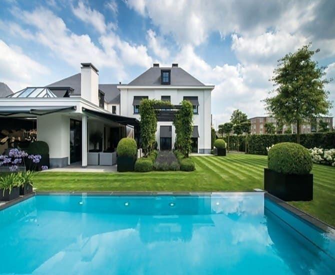 Simple Finde klassischer Pool Designs Ein eleganter klassischer Garten Entdecke die sch nsten Bilder zur Inspiration