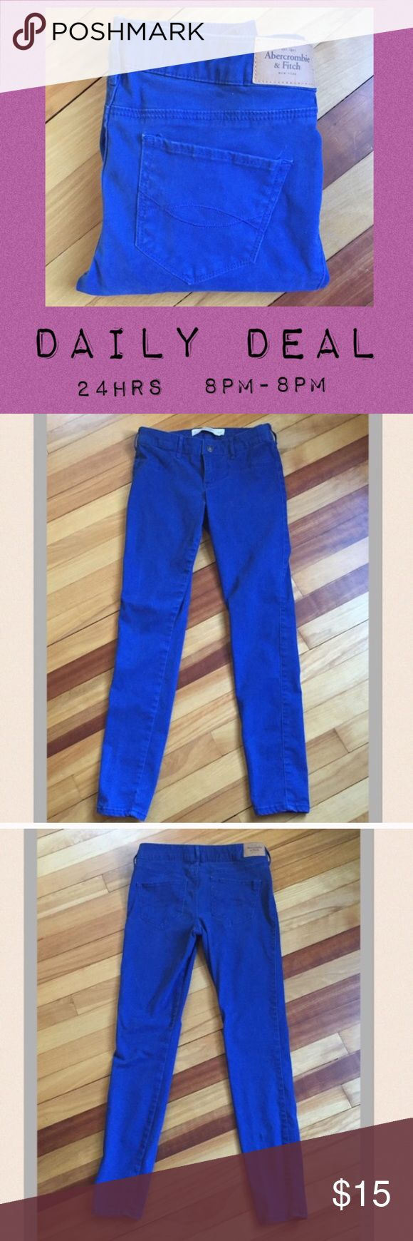 "Abercrombie and Fitch Blue Skinny Pants Super soft and comfortable blue skinnies by Abercrombie and Fitch. 80% cotton, 17% viscose, 3% elastane. Waist measures 14""; Rise 8""; Inseam 28"". EUC Abercrombie & Fitch Pants Skinny"