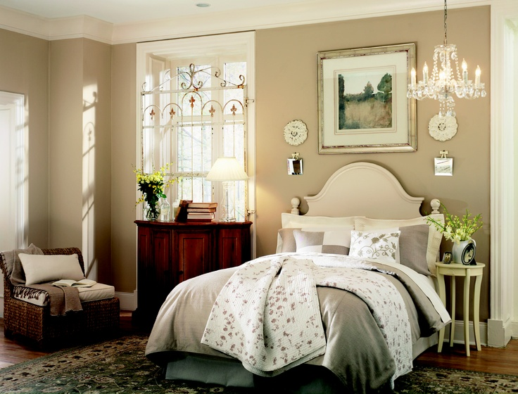 Benjamin Moore Oc 84 Creme Caramel I 70 Linen White 1053 Sierra Hills Note To Self That Paint