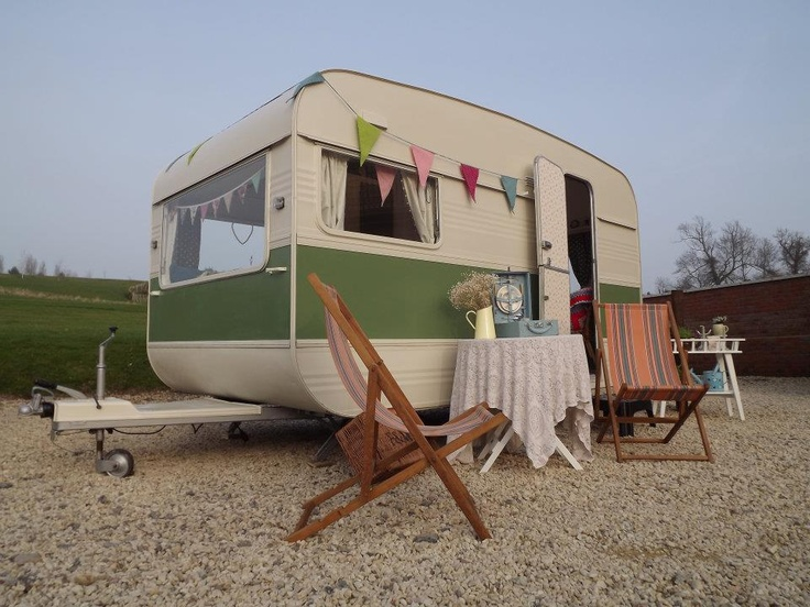 Ella May's - My Little Vintage Caravan