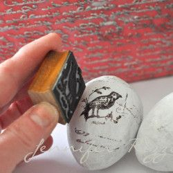 How to make hand-stamped eggs