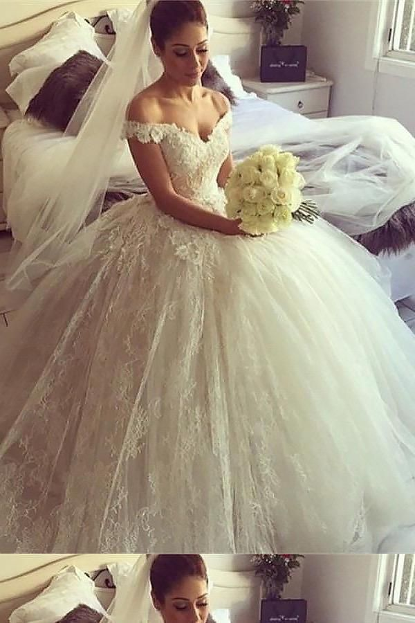0bf2cee04901 Wedding Dresses Ball Gown, Lace Wedding Dresses, Wedding Dresses Vintage # Wedding #Dresses #Vintage #Ball #Gown #Lace #LaceWeddingDresses ...