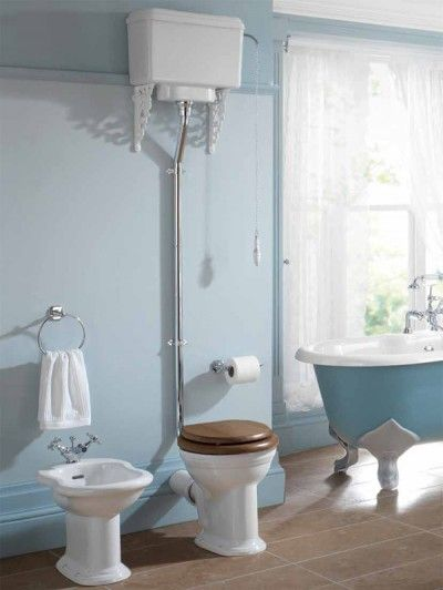 Thomas Crapper esque traditional toilet with bi det and roll top bath   veryBest 25  Thomas crapper ideas on Pinterest   Victorian toilet  . Roll Top Bath Waste Problems. Home Design Ideas