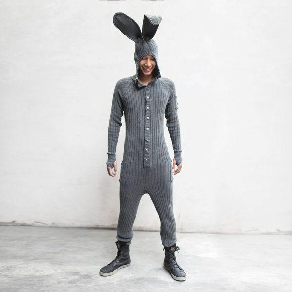 BUNNY Halloweenkostüm für Männer und Frauen - biegbaren Ohren, flauschige Tail - Designer Bunny Kostüm - verspielter Pyjama - Blamo Spielzeug - Winter Pj