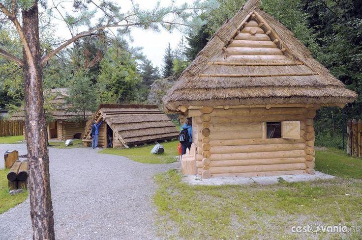 Stredoveká dedina pri Strečne - Vyletik.eu #atrakcie #zaujimavosti #slovensko #slovakia #cestovanie #travel #interest
