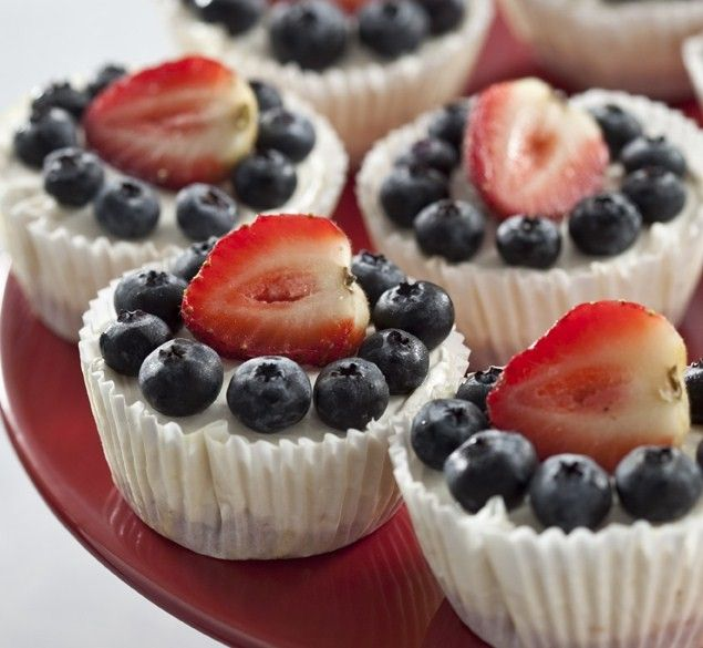 No Bake- Red, White and Blue Cheesecake cups