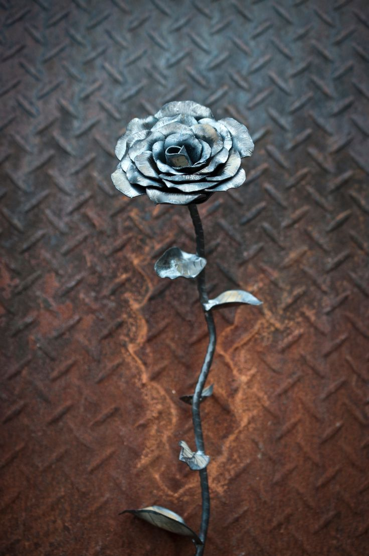 Perfect as a gift, decorations around home or at weddings and functions. These roses are all handmade using recycled steel so no two are identical. Forged of 1mm steel, they have a nice, solid weight to them and don't feel cheap or tacky at all.  Can be painted on request and made to almost any size.  Can also be seen on Instagram by searching the user @Rusted Kustoms. #steel #rose #steelrose #flower #steelflower #fabrication #metalfab #custom #kustom #art #gift #unique #handmade #decoration…