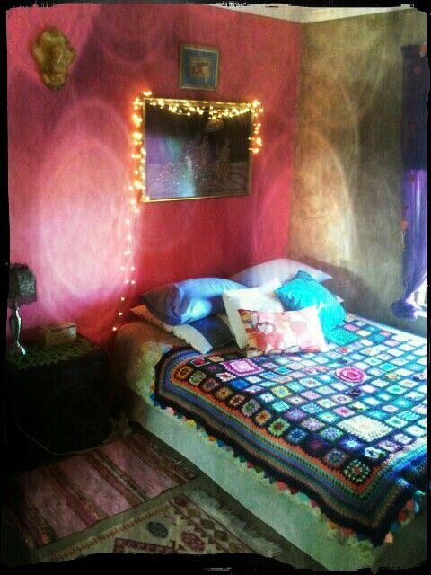 pink wall bedroom rich jewels colours and rajastani