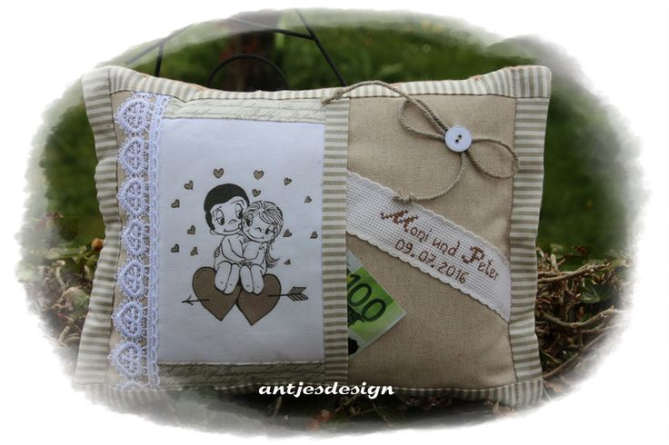 Geldgeschenke - Hochzeit Geld - Liebe  - Shabbykissen Namen beige - ein Designerstück von antjesdesign bei DaWanda