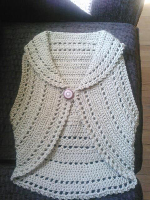 crochet circle vest patterns free women | Free Crochet Circle Shrug Pattern