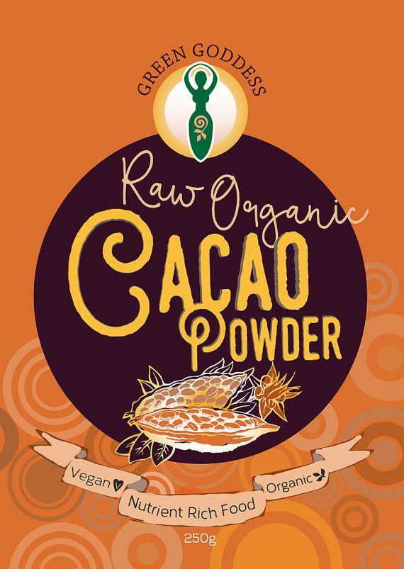 Nuestro polvo de Cacao orgánico crudo está lleno de nutrientes, vitaminas, minerales, fibra y proteínas. El estado crudo de nuestro Cacao significa que el polvo no ha sido procesado. Es la transformación del calor que disminuye la bondad así nuestro cacao tiene beneficio nutricional óptimo.  ¡Añadir a todo! Gachas de avena, bebidas, batidos, yogur, repostería, cereales, batidos... Lo que sea y podemos hacer que sabor con Cacao.