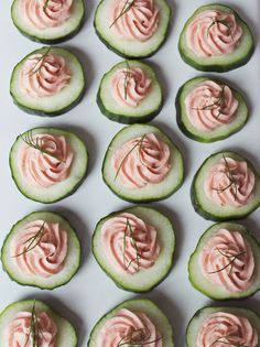 Appetizer / Cucumber with salmon mousse / Recipe