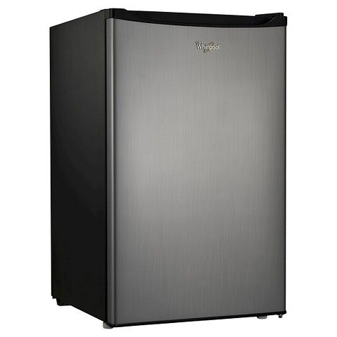 1) I love the design of this fridge. It looks sleek and so modern! It's also pretty cheap for its functionality. 2) This fridge is great because it reduces the amount of energy you need to power a mini fridge. It also has great storage space.
