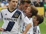 David Beckham recebe o carinho dos filhos em seu último jogo no L.A. Galaxy