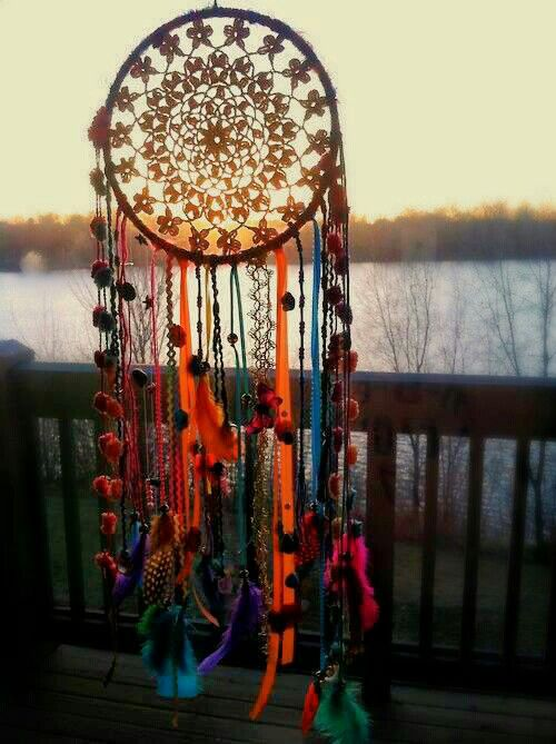 Dream catchers are so easy, I really should make them for people.