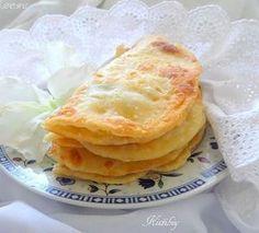 Кыстыбый (татарские лепешки с начинкой).