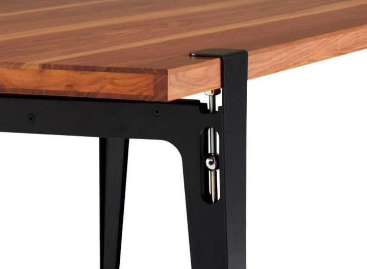 T.U. Dining table Designed by Philippe Nigrofor Ligne Roset