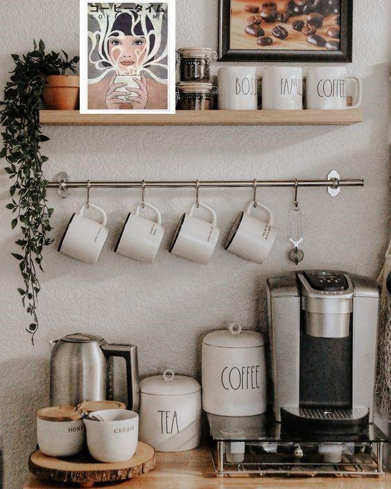 Coffee Bar Station, Coffee Station Kitchen, Tea Station, Coffee Bars In Kitchen, Coffee Bar Home, Home Coffee Stations, Coffee Bar Ideas, Coffee Kitchen Decor, Bar In Kitchen