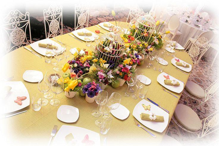 #Fiori e #colori vestiranno le tavole dei futuri #sposi. #RomaSposa #ricevimenti #addobbifloreali