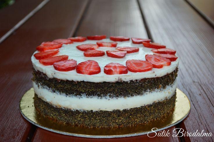 SÜTIK BIRODALMA: Epres mascarponés máktorta / Strawberry mascarpone poppy seed cake