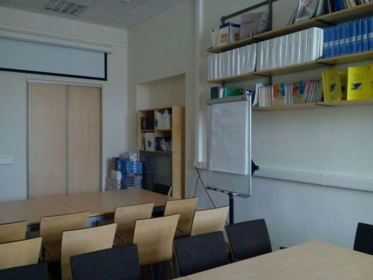 Мебель для учебного центра.