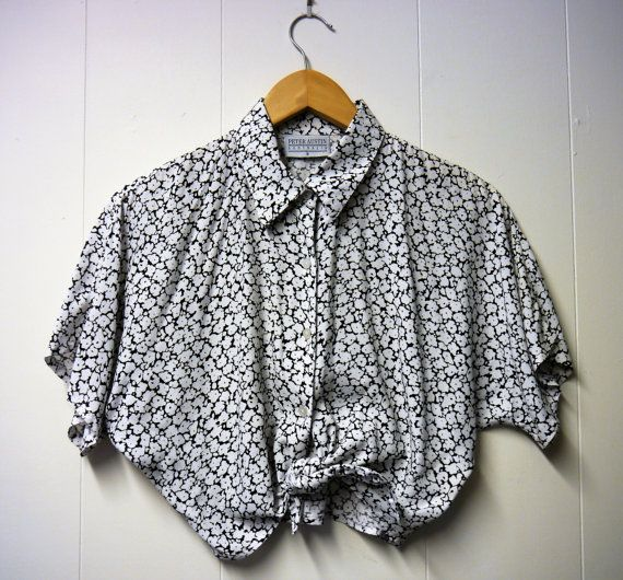 80's 90's Cropped Floral Blouse with front tie by JozzaJean