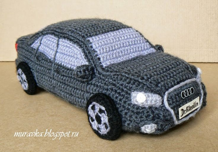 """Эстафета """"Первый - не последний"""" Check this out!! The page can be translated, although no pattern or even close. LOL but the creativity and skill this must take!! :) There's also a Mercedes and a Lexus! :)"""
