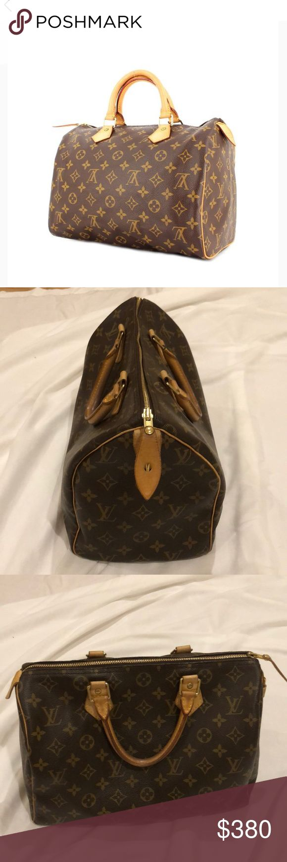💯 AUTHENTIC LOUIS VUITTON SPEEDY BAG 💯 AUTHENTIC LOUIS VUITTON SPEEDY BAG. NO STAINS. NO RIPS OR SCRATCHES. HANDLES DARKEN AS LOUIES TYPICALLY DO! KEY MISSING BUT LOCK ATTACHED! Louis Vuitton Bags