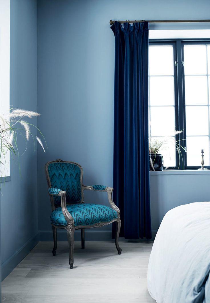 Best 25 velvet curtains ideas on pinterest velvet for Velvet bedroom designs