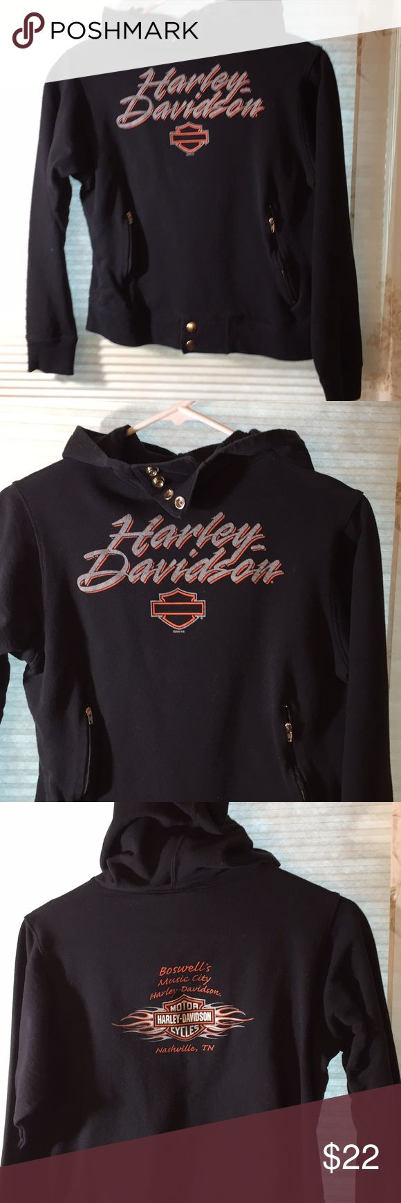Harley Davidson Sweatshirt hoodie Nashville TN Super cute hooded sweatshirt with front zip pockets and snaps on the bottom and by the neck. Ride in style! Harley-Davidson Tops Sweatshirts & Hoodies