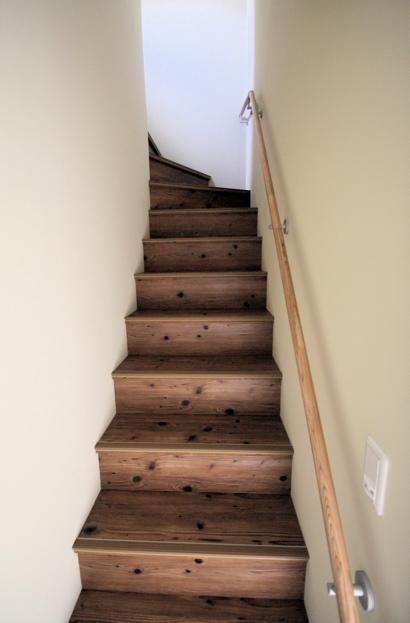 階段(狭小間口の木造3階建て住宅) - その他事例|SUVACO(スバコ)