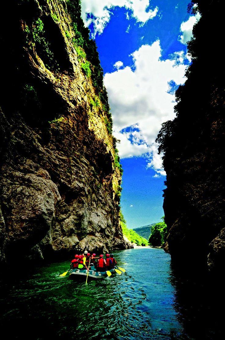 rafting at Voidomatis