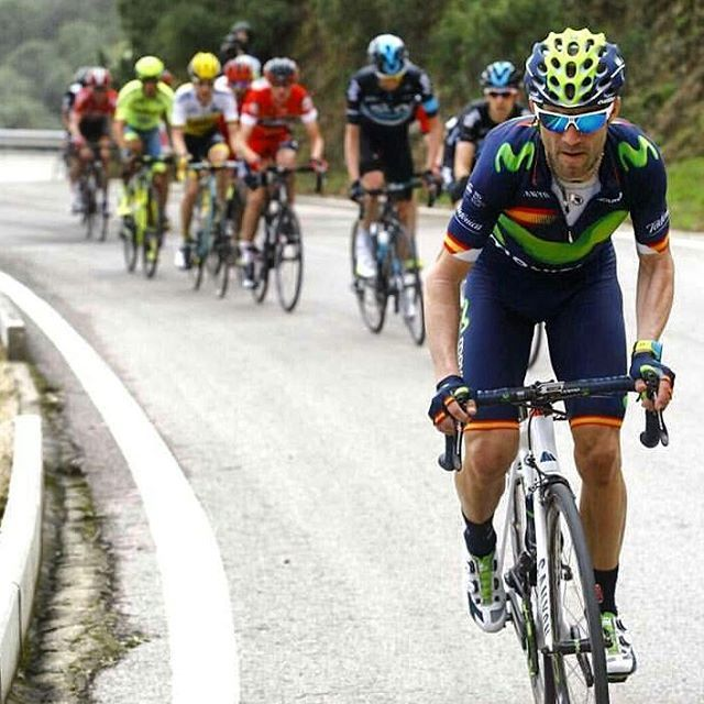 Alejandro Valverde soars away from the lead group on his way to winning Ruta del Sol. (Bettini)