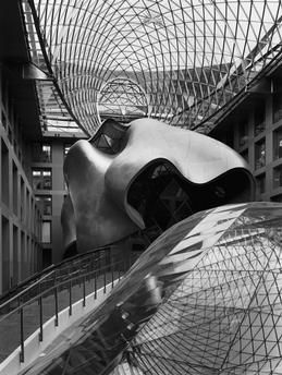 Berlin / DZ-Bank / Atrium / Photo Berlin-Mitte DZ-Bank, Pariser Platz 3 (construction 1997–99 , architecte : Frank O. Gehry).  Vue intérieure dans l'Atrium.  Photo.
