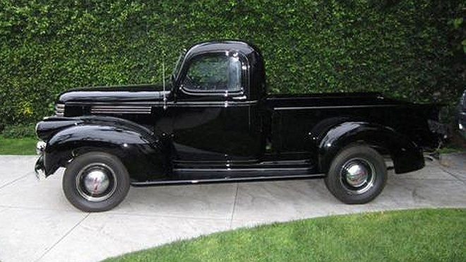 1941 Chevy pick-up owned by Steve McQueen