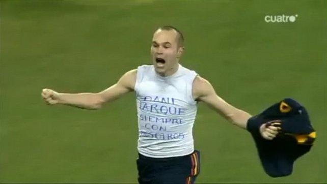 Video de motivación hacia iniesta por su lesión antes del mundial    http://youtu.be/sgtqtnFzOhE