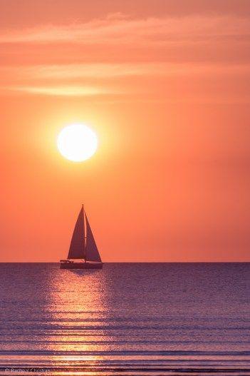 Sunset Dreams - Mindil Beach Sunset, Darwin NT by Racheal Christian #Photography #Sailing #Australia #Travel