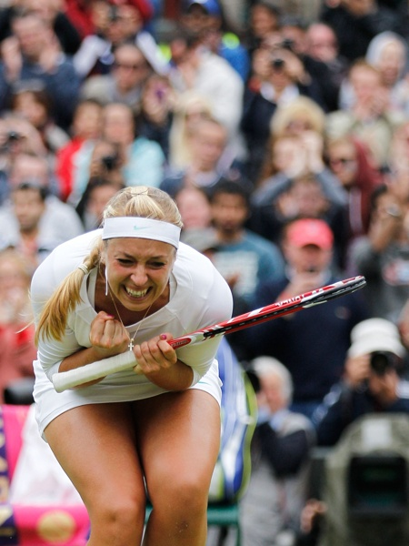 Sabine Lisicki knocked world #1 Sharapova in the 4th round..yes yes yes!