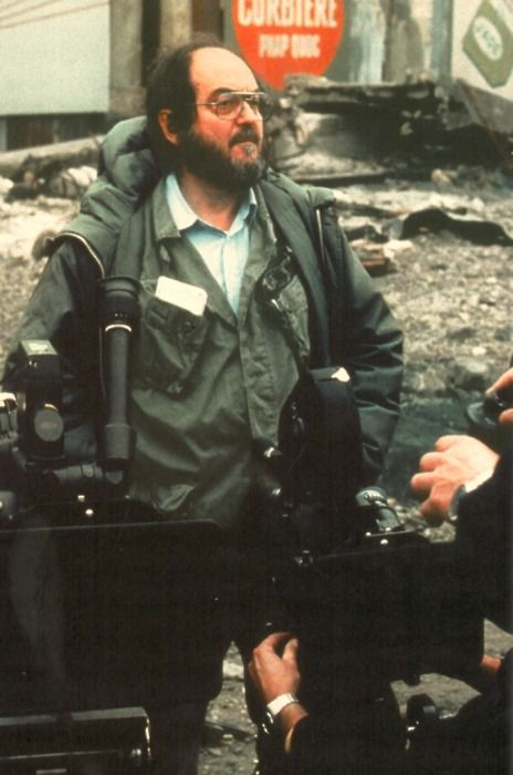 """Stanley Kubrick on the set of """"Full Metal Jacket"""". One of my all time favourite movies!"""