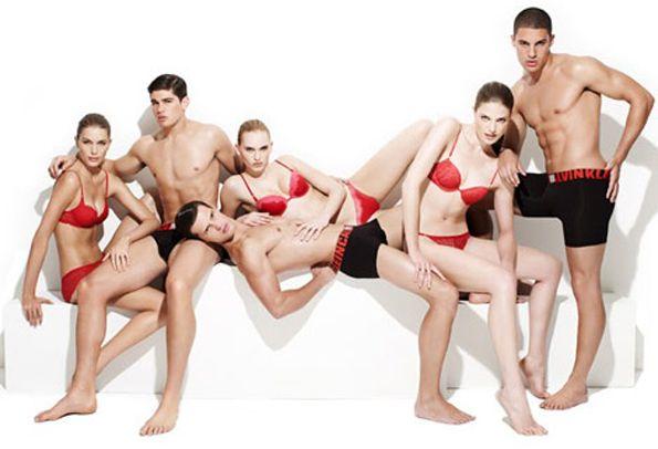 Днес, Търлингтън отново се върна на модния подиум, представяйки новата колекция бельо на прочутата марка - Келвин Клайн.
