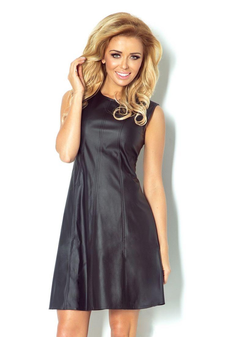 Sukienka w kolorze czarnym wykonana z eko skóry o kroju trapezu. #modadamska #moda #sukienkikoktajlowe #sukienkiletnie #sukienka #suknia #sukienkiwieczorowe #sukienkinawesele #allettante.pl