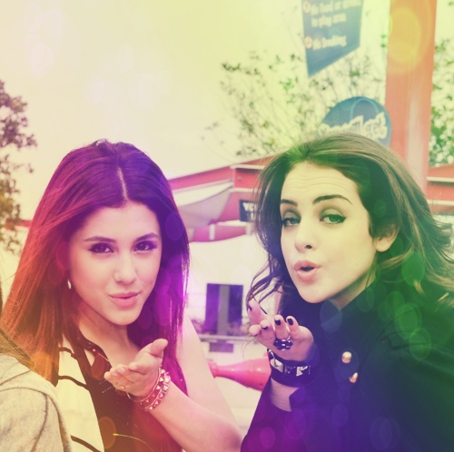 Ariana & Liz Gillies from the show on Nickelodeon Victorious