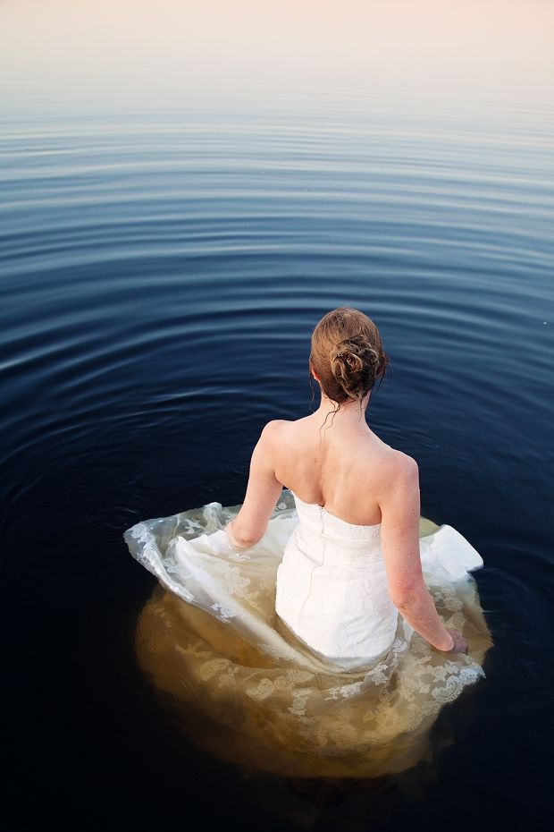 trash the dress session, photo by Pink Pixel