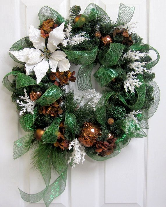 Christmas wreath mesh and bronze by everythingfloral